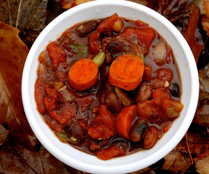 Halloween Vegan Chili: Trick the Treaters